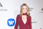 Actress Elizabeth Gilpin attends the Warner Music Group GRAMMY Party at Milk Studios on February 12, 2017 in Hollywood, California.