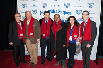 """Wayne Kostroski Taste Of The NFL """"Party With A Purpose"""""""