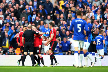 Wayne Rooney Michael Carrick Everton v Manchester United - The Emirates FA Cup Semi Final