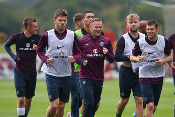 Wayne Rooney Michael Carrick England Training Session And Press Conference