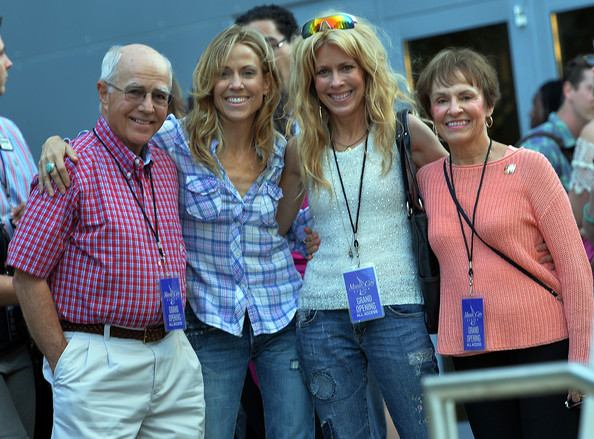 Photo of Sheryl Crow & her Mother  Bernice Crow