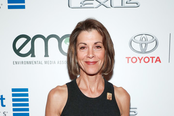 Wendie Malick Environmental Media Association Hosts Its 26th Annual EMA Awards Presented by Toyota, Lexus, and Calvert - Inside