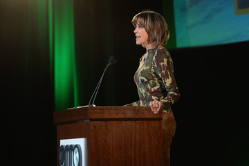 Wendie Malick 24th Annual Environmental Media Awards Presented By Toyota And Lexus - Inside