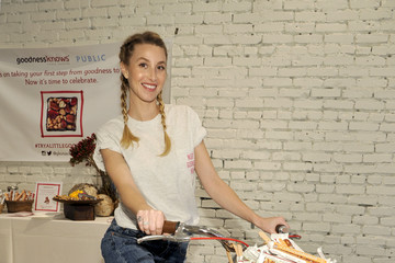 Whitney Port Gear Up and Go for Bike to Work Day With Whitney Port