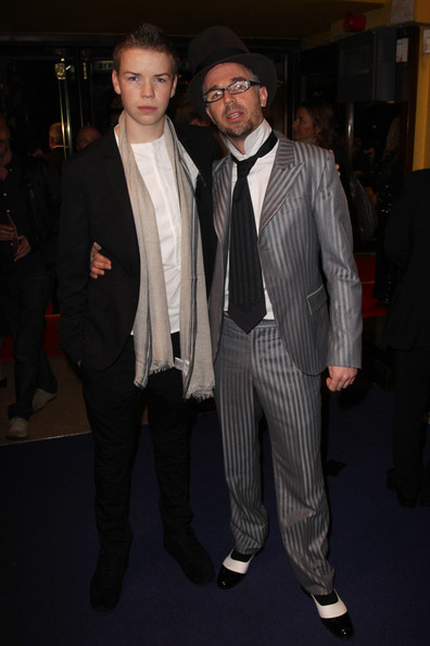 Photo of Will Poulter & his friend actor  Charlie Creed‑Miles -