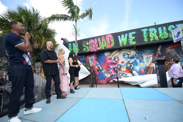 Will Smith Margot Robbie SUICIDE SQUAD Wynwood Block Party And Mural Reveal With Cast