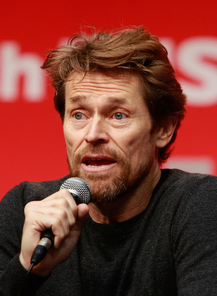 how tall is willem dafoe