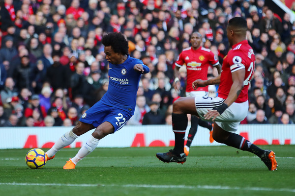 Willian+Manchester+United+v+Chelsea+Prem