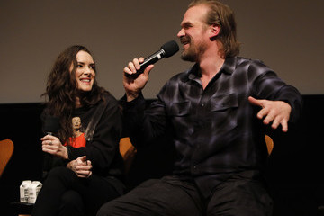 Winona Ryder David Harbour Stranger Things SAG NOM COMM