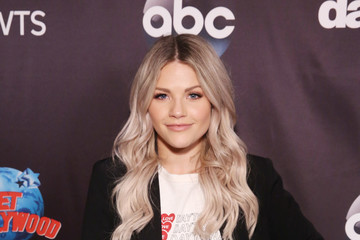 Witney Carson 'Dancing With The Stars' Season 27 Cast Reveal Red Carpet At Planet Hollywood Times Square