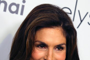 Cindy Crawford attends the Women's Guild Cedars-Sinai annual luncheon at the Regent Beverly Wilshire Hotel on November 06, 2019 in Beverly Hills, California.