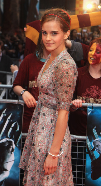 Emma Watson arrives at the World Premiere of Harry Potter And The Half Blood Prince at Empire Leicester Square on July 7, 2009 in London, England.