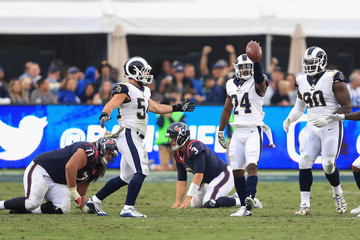 Xavier Su'a-Filo Houston Texans v Los Angeles Rams