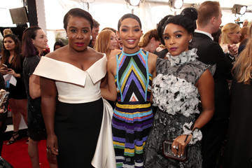 Yara Shahidi Janelle Monae The 23rd Annual Screen Actors Guild Awards - Red Carpet