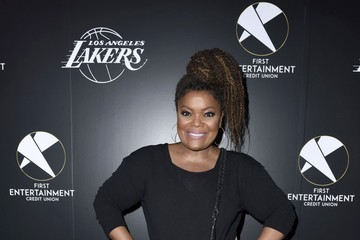 Yvette Nicole Brown First Entertainment x Los Angeles Lakers and Anthony Davis Partnership Launch Event, March 4 in Los Angeles