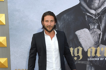 Zach McGowan Premiere of Warner Bros. Pictures' 'King Arthur: Legend of the Sword' - Arrivals
