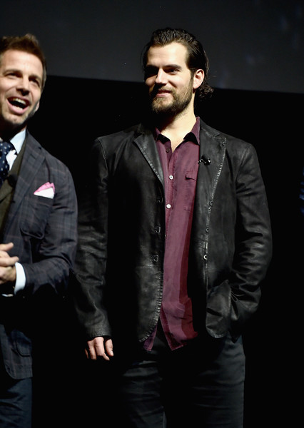 CinemaCon 2017 - Warner Bros. Pictures Invites You to 'The Big Picture' [the big picture,an exclusive presentation of our upcoming slate,suit,fashion,formal wear,leather jacket,human,facial hair,outerwear,leather,event,jacket,zack snyder,henry cavill,slate,cinemacon 2017 warner bros. pictures invites you,cinemacon,warner bros. pictures,l,convention]