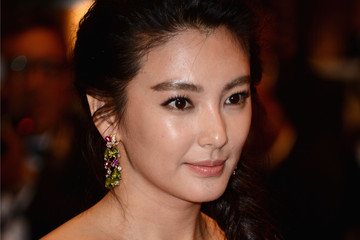 Zhang Yuqi 'Blind Detective' Premieres in Cannes