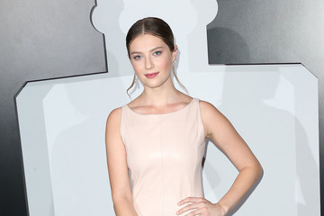 Zoe Levin Chanel Dinner Celebrating L'Eau With Lily-Rose Depp, Los Angeles, CA - Arrivals