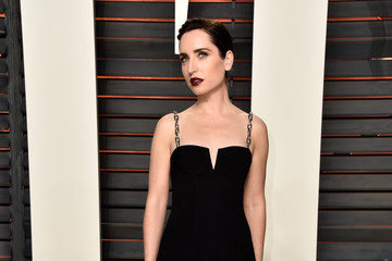 Zoe Lister Jones 2016 Vanity Fair Oscar Party Hosted By Graydon Carter - Arrivals