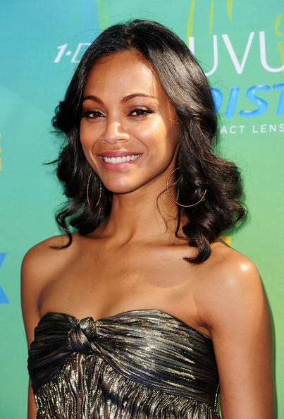Zoe Saldana Actress Zoe Saldana arrives at the 2011 Teen Choice Awards held at the Gibson Amphitheatre on August 7, 2011 in Universal City, California.