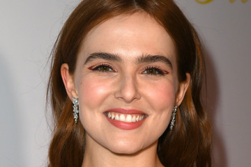 Zoey Deutch Premiere Of The Orchard's 'Flower' - Red Carpet