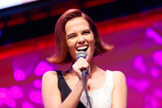 """Actress Zoey Deutch on stage at a """"Zombieland 2"""" Panel and Surprise Screening at Los Angeles Convention Center on October 12, 2019 in Los Angeles, California."""