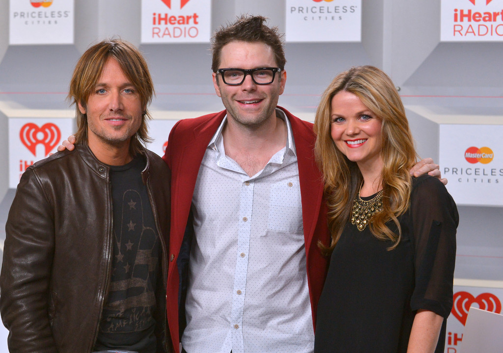 amy bobby bones show pregnant and dating