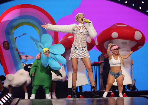 Picture Highlights from the 2013 iHeartRadio Music Festival