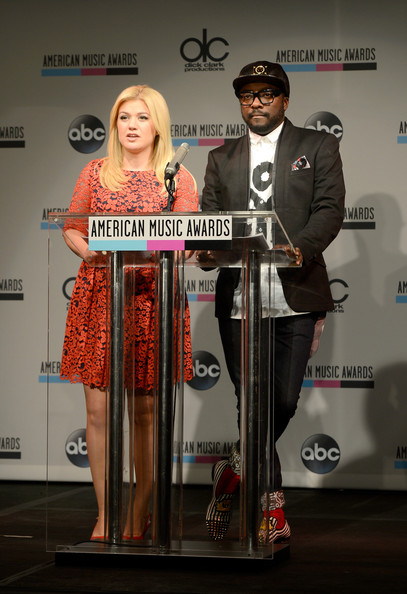 American Music Awards Nominations Press Conference []