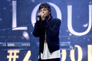 Louis Tomlinson performs onstage during the z100 All Access Lounge presented by Poland Spring Pre-Show at Pier 36 on December 13, 2019 in New York City.