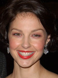 Ashley Judd Robert De Niro rumored