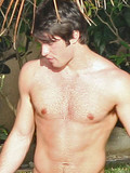 Josh Bowman Amy Winehouse fling