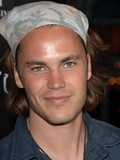 Taylor Kitsch Jessica White rumored