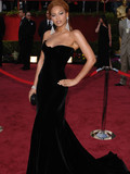 Who has the fiercest red carpet pose?