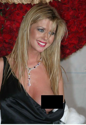 tara reid hot photo