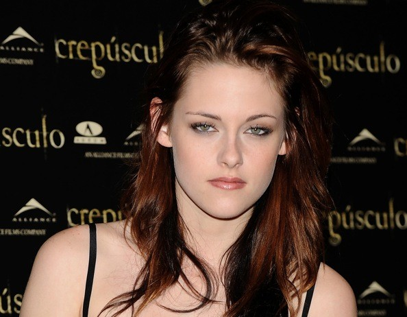 I envisioned Kat Dennings in the Bella role, but Kristen Stewart may be a