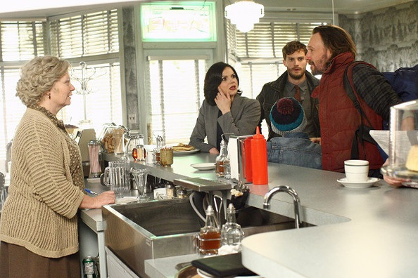 'Once Upon a Time' New Photos - Sheriff Graham Returns