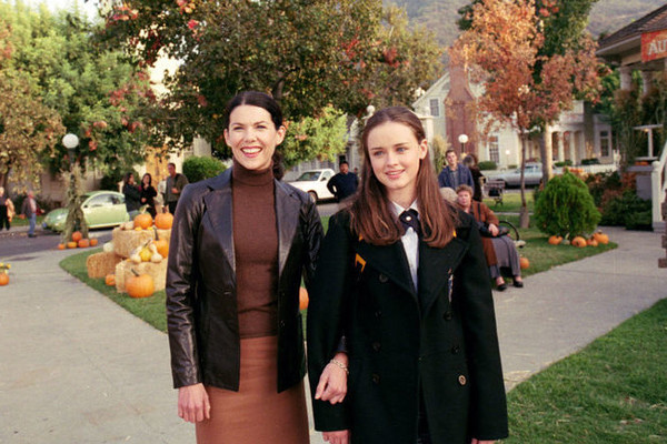 Fun Facts All Hardcore 'Gilmore Girls' Fans Need to Know