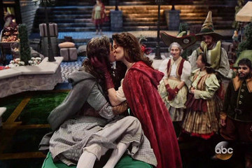 'Once Upon a Time' Just Got Its Very First Same-Sex Couple