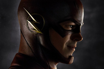 First Look: The CW's 'Flash' Suits Up for Action
