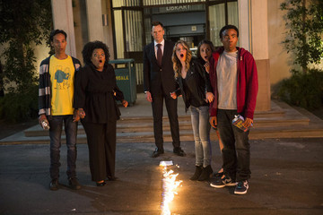 'Community' Season 5 First Look Photos