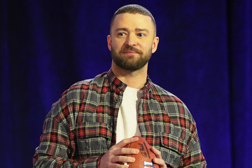 Justin Timberlake Has Reportedly Canceled That Prince Hologram Because It Was a Bad Idea