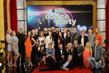 Dancing with the Stars Cast - Season 18