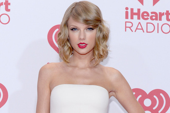 Taylor Swift's 'Out of the Woods' Could Be in a Modern Day John Hughes Movie