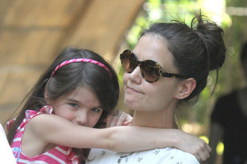 Suri Cruise and Katie Holmes Car Accident Photo Timeline