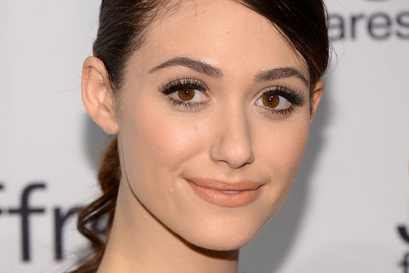 Get the Look: Emmy Rossum's Spring-Perfect Peach Makeup