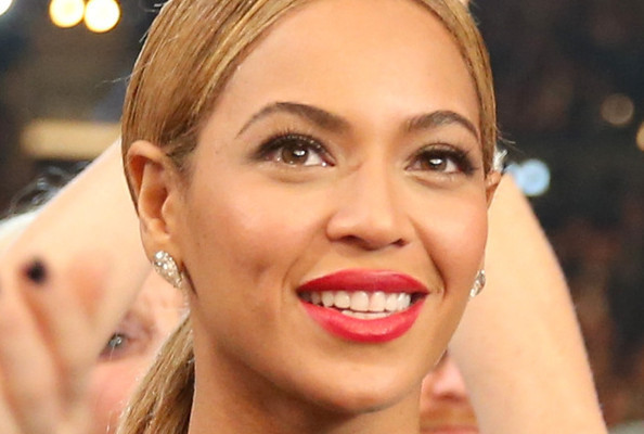 How Beyonce Lost 57 Pounds After Her Pregnancy—Her Favorite Food is Pizza!