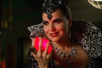 Here's Why That Epic Evil Queen Twist Can Make 'Once Upon a Time' Great Again