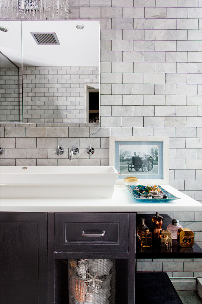 Bathroom makeover | Lonny.com